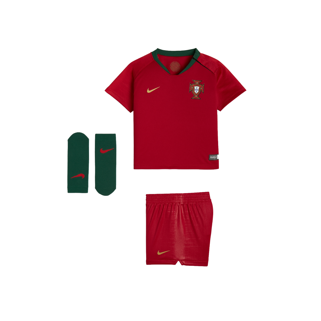 2018 Portugal Stadium Home Baby   Toddler Football Kit. Nike.com UK 563978640f1c