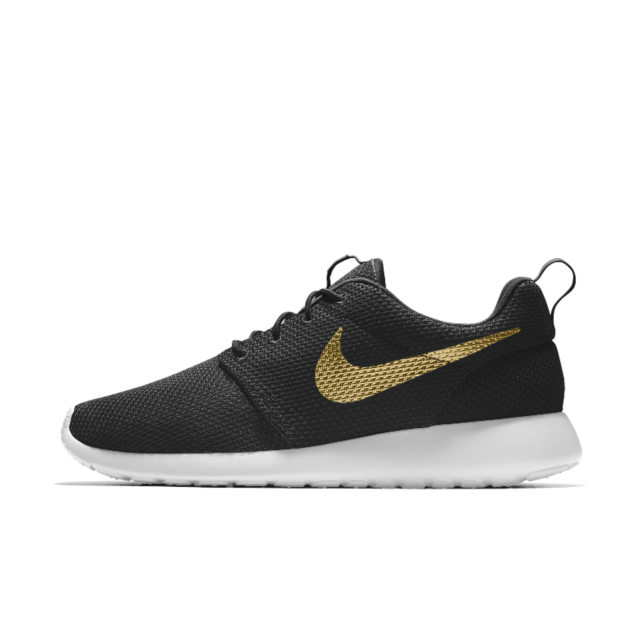 NIKE ROSHE ONE ESSENTIAL iD. Shoe