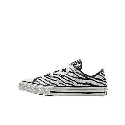 Color: zebra